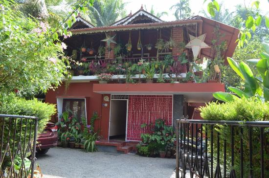 Four Seasons Homestay